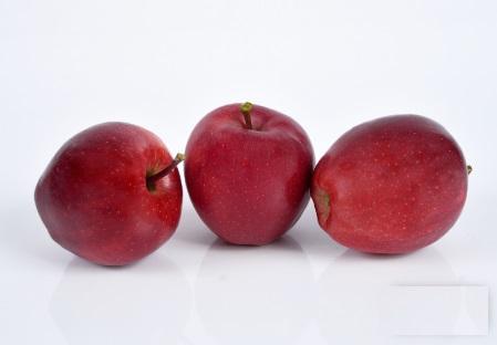 """Jablko 72/87 """"KG"""" GALA BUCKEY sladké 90% červené """"MERCEDES"""""""